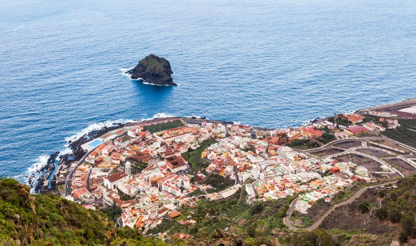Why Tenerife? A Discussion with Stephanie Wear Pintado